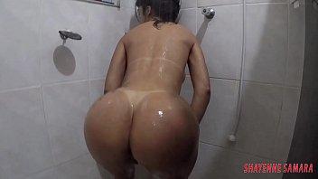 www x videos com depilando a xota no chuveiro