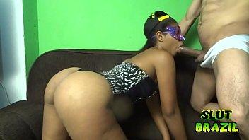 Video porno caseiro negra rabuda sendo arrombada pelo pauzudo