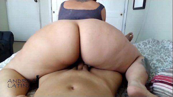 Videos de sexo quente gordinha rabuda do redtube deixando gozar na traseira